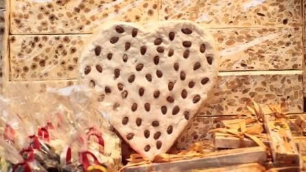 Un amore di torrone: a Cremona la festa che piace ai golosi