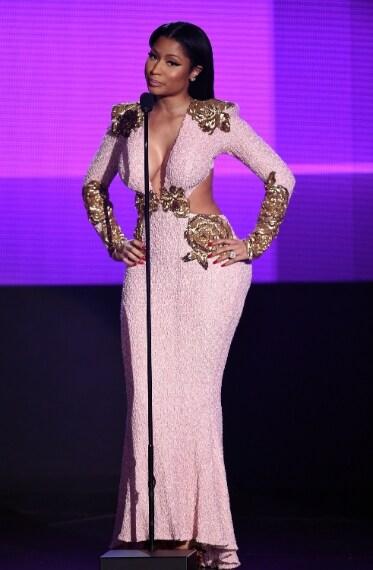 Bleona, Nicki Minaj, Jennifer Lopez: Nude look agli AMA
