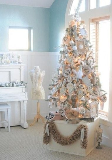 Albero di Natale bianco