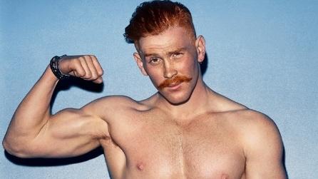 """""""Red Hot"""": il calendario sexy dei modelli dai capelli rossi"""