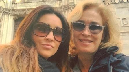 Marina Giulia Cavalli e Roberto Alpi a Napoli da turisti