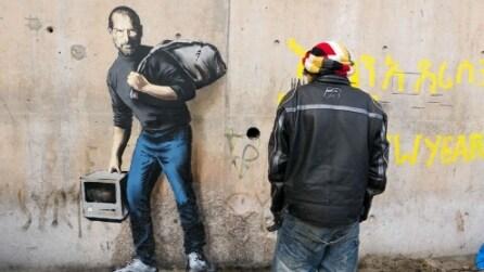 Banksy a Calais: Steve Jobs figlio di un migrante siriano