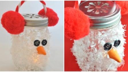 Come realizzare un pupazzo di neve con un vecchio barattolo