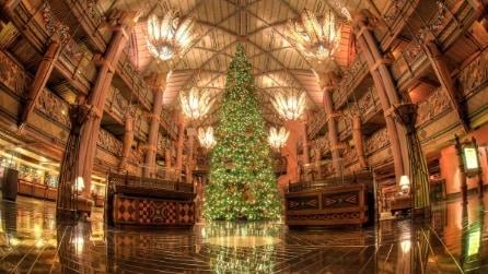 I 5 hotel con i migliori alberi di Natale