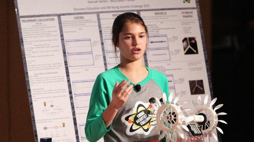 Hannah Herbst ha vinto con il suo progetto, il Discovery Education 3M Young Scientist Challenge 2015. Ha inventato una sonda energetica che che utilizza l'energia delle correnti oceaniche. (http://www.fastcoexist.com/3052431/this-ninth-grader-invented-a-device-that-harvests-power-from-ocean-waves)
