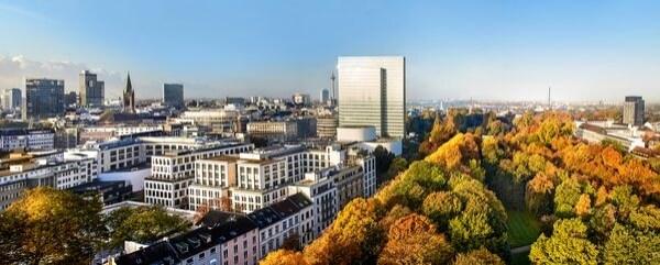 Questo grattacielo, ex sede della Thyssen Krupp, è già un punto di riferimento patrimonio unico e famoso in tutta la Germania. Progettato da architetti di fama internazionale HPP,