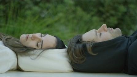 La felpa con il cappuccio gonfiabile per riposarsi ovunque