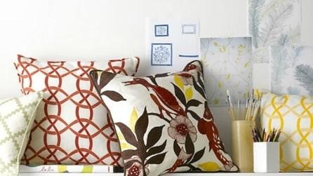 Come valorizzare il vostro divano con i cuscini