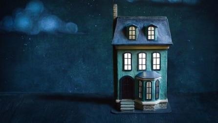 Come realizzare una casa della bambole con un vecchio cartone