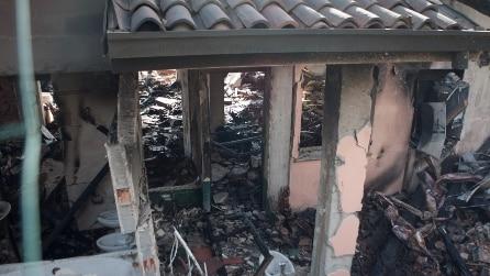 Esplosa villa di Garko, le immagini delle macerie