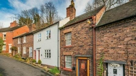 Una piccola casa da Hobbit si nasconde in Inghilterra
