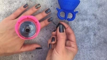 Tweexy, il porta smalto per una manicure impeccabile
