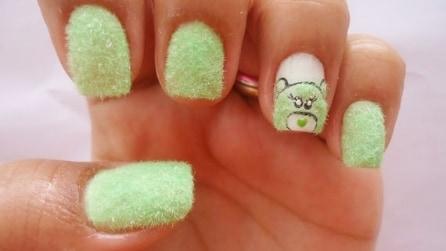 Furry Nails: le stravaganti unghie effetto peluche