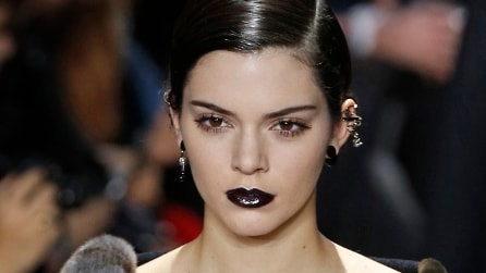 Rossetto nero: il must have per l'inverno 2016