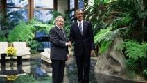 Castro - Obama: storica stretta di mano a L'Avana