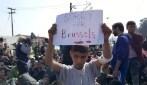 """""""Sorry for Bruxelles"""", il messaggio del piccolo migrante dal campo di Idomeni"""