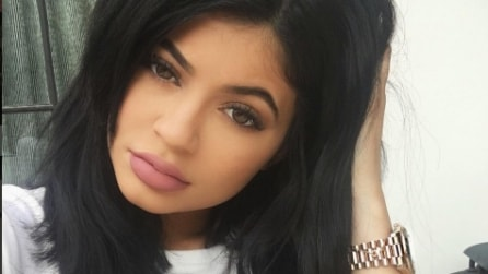 Il rossetto di Kylie Jenner: nude e opaco