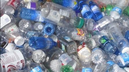 23 modi per riciclare le bottiglie di plastica in modo creativo