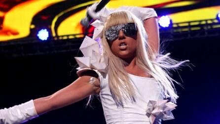 L'evoluzione dello stile di Lady Gaga in 30 look