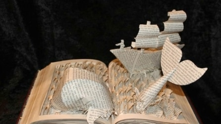 Jodi Harvey-Brown trasforma i libri in incredibili sculture