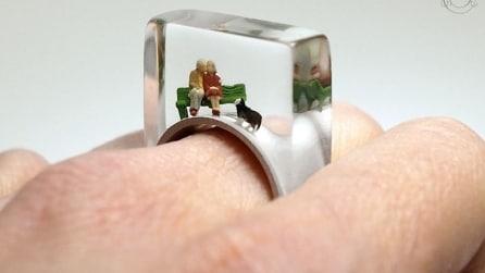 Realizza con la resina dei piccoli capolavori negli anelli
