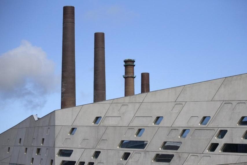 Phaeno Science Center in Wolfsburg, Germany, September 23, 2015. REUTERS/Axel Schmidt/Files