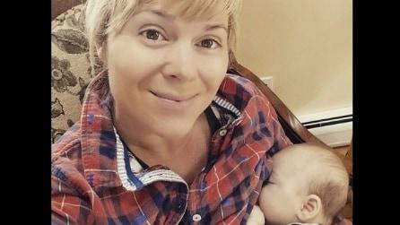 La zia allatta il nipotino, quello che succede dopo è sorprendente