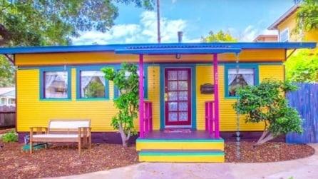 I nonni in pensione trasformano un vecchio tram in una dolcissima casa