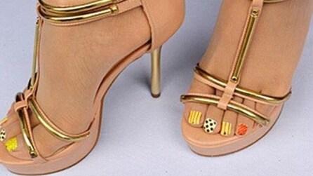 Vuoi una pedicure perfetta? Arrivano le calze con la nail art disegnata