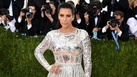 """Il look """"metallico"""" di Kim Kardashian al Met Gala 2016"""