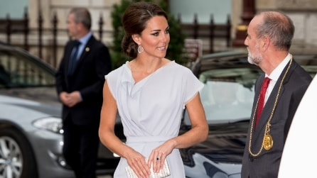 Il look riciclato tre volte da Kate Middleton