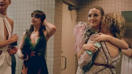 Le star che al Met Gala si sono fotografate nella toilette