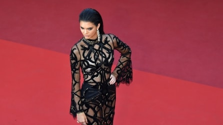 Kendall Jenner a Cannes spopola con il suo nude look