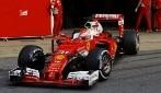 Test F1, Verstappen è il più veloce nel Day 2 a Barcellona