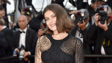 Il maxi spacco di Laetitia Casta a Cannes 2016