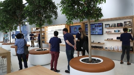 Alberi, piazze e viali: ecco i nuovi Apple Store