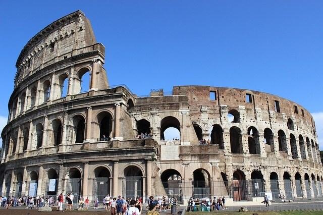 https://pixabay.com/en/colosseum-rome-italia-422942/