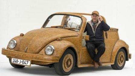 Ecco il maggiolino VW tutto in legno e completamente funzionante