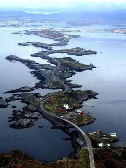 Atlantic Ocean Road, Norvegia