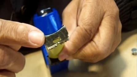 Sapete a cosa serve l'estremità di un metro? Ecco svelato il segreto