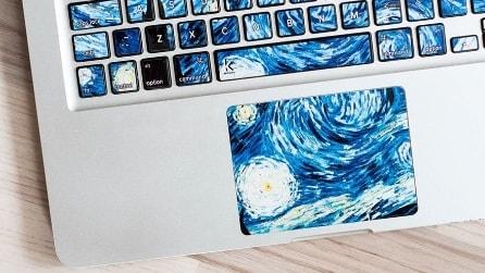 Gli adesivi che trasformano le tastiere in opere d'arte