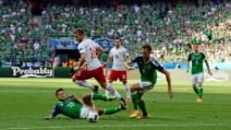 Euro 2016, le immagini di Polonia-Irlanda del Nord