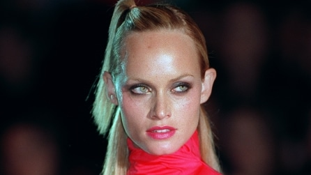 Amber Valletta prima e dopo: com'è cambiata la top model