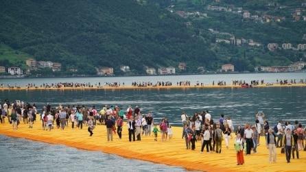 The Floating Piers: tutte le foto del pontile galleggiante di Christo