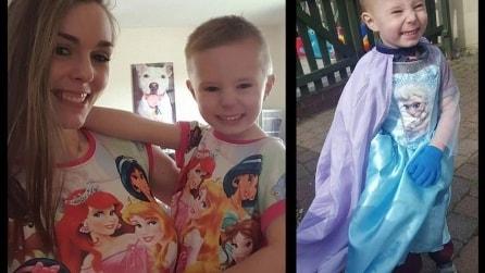 Il bambino si traveste da principessa: la reazione della gente in strada è assurda