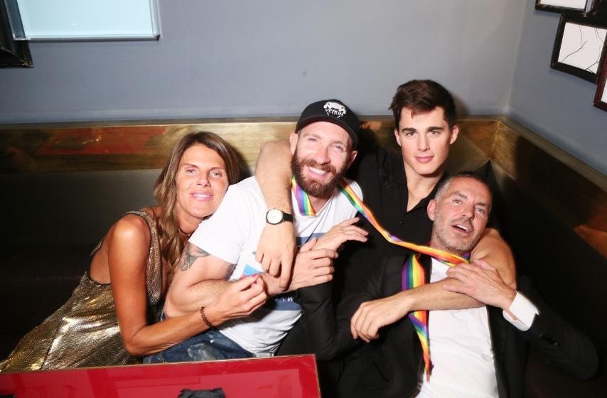 Pietro Boselli con Anna Dello Russo, Giampaolo Sgura, e Dean Caten al Dsquared2 Aftershow