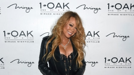 Mariah Carey in reggicalze debutta come dj