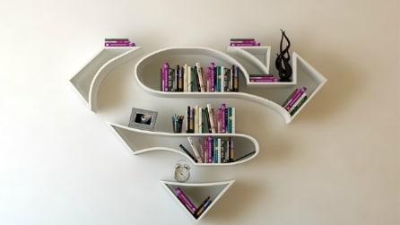Queste librerie trasformano l'abitazione più anonima in una casa da supereore
