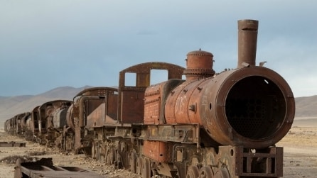 È uno luogo spettrale: ecco il cimitero dei treni più grande del mondo