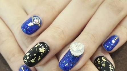 Snow Globe nail art